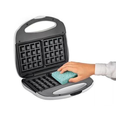 Proctor Silex Durable Belgian Waffle Maker 3