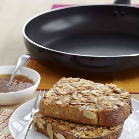 Victoria 10-inch Non-stick Aluminum fry pan